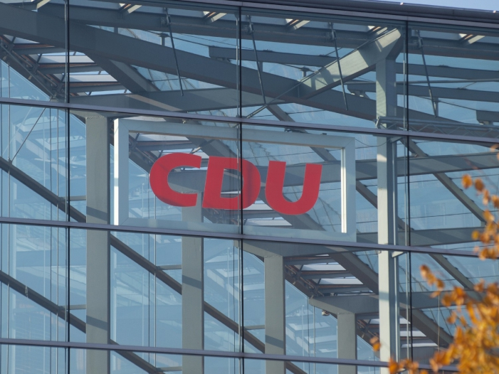 SPD und Linke fordern Konsequenzen aus Sexismus Vorwürfen in CDU - SPD und Linke fordern Konsequenzen aus Sexismus-Vorwürfen in CDU