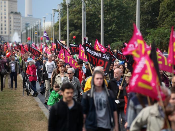 Photo of Zehntausende demonstrieren gegen Ceta und TTIP