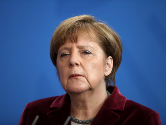 Photo of Forsa: Merkel gewinnt in Bevölkerung an Zustimmung