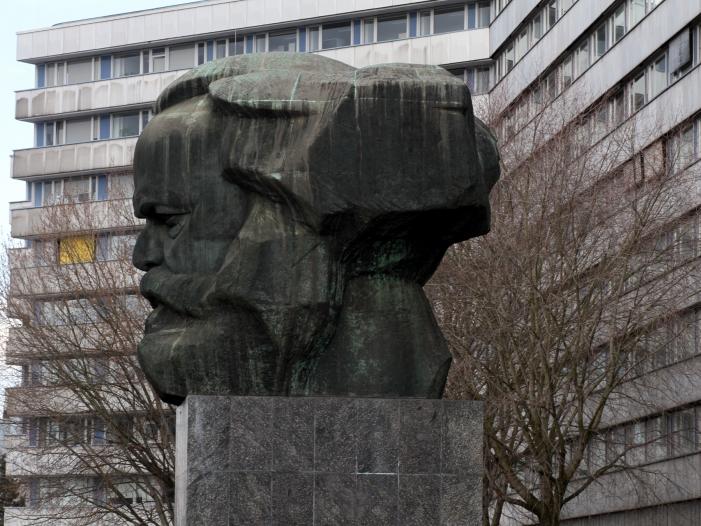 Großeinsatz in Chemnitz: Größere Menge Sprengstoff gefunden
