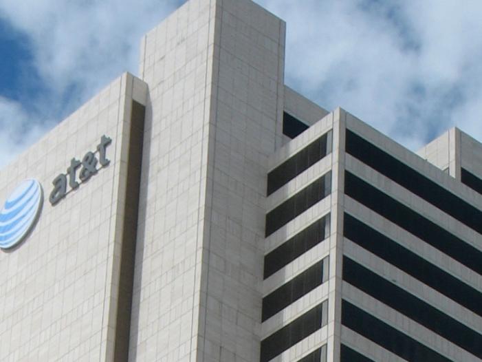 Bild von Mega-Fusion: AT&T will Time Warner für 85 Milliarden US-Dollar kaufen