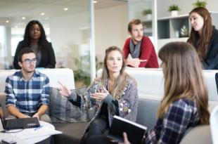 Feedbackkultur 310x205 - Studie: Jährliche Mitarbeitergespräche haben ausgedient