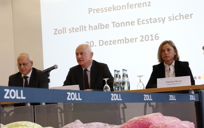 Photo of Deutscher Zoll stellt 2016 über 500 Kilogramm Ecstasy sicher