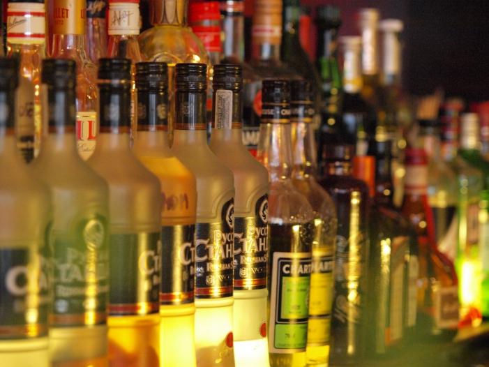 Photo of Jeder siebte Deutsche trinkt an Weihnachten zu viel Alkohol
