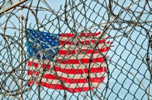 USA Grenze 310x205 - Trump kündigt Mauerbau an