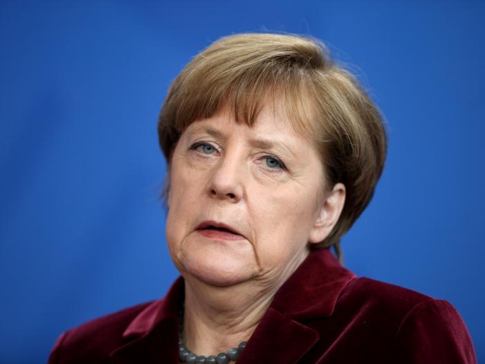 merkel lehnt us einreiseverbot fuer muslime klar ab - Merkel lehnt US-Einreiseverbot für Muslime klar ab