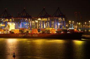 Hafen Hamburg 310x205 - Logistik als Zugpferd der hanseatischen Wirtschaft