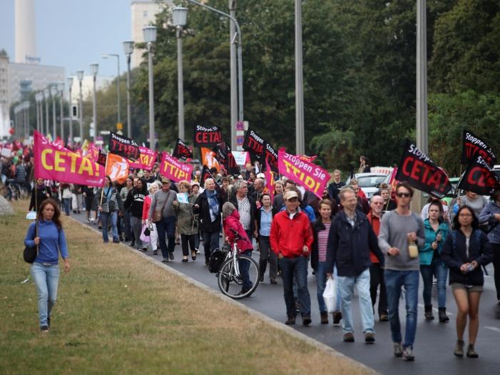 Photo of Bütikofer zweifelt an Ceta-Zustimmung in allen EU-Mitgliedsstaaten