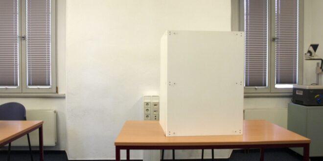 lammert will noch vor september wahlrecht aendern 660x330 - Lammert will noch vor September Wahlrecht ändern