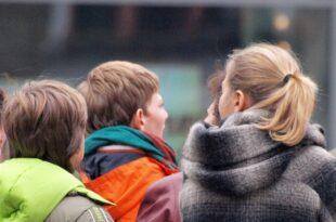 bundesregierung will kindergeld fuer kinder aus 15 eu staaten kuerzen 310x205 - Bundesregierung will Kindergeld für Kinder aus 15 EU-Staaten kürzen
