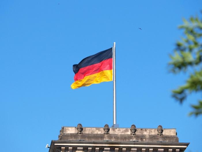 Bild von CDU setzt im Bundestagswahlkampf auf Schwarz-Rot-Gold