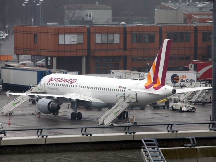 Photo of Germanwings-Absturz: Vater des Copiloten kritisiert Ermittler