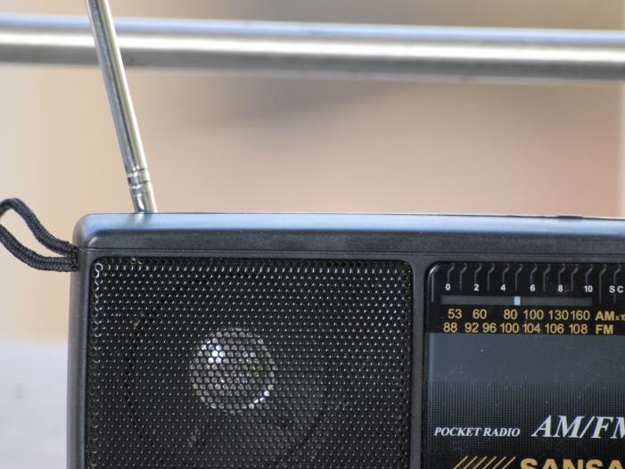 radio einschaltquoten rtl gewinnt antenne bayern verliert. Black Bedroom Furniture Sets. Home Design Ideas