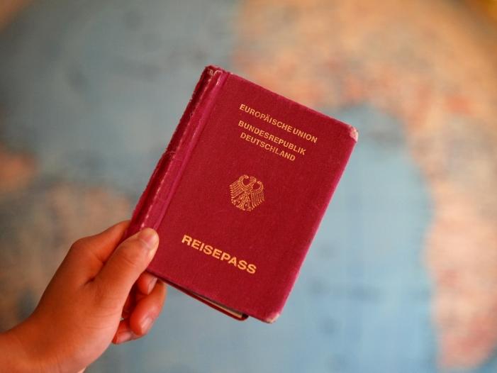 albig warnt vor diskussion um doppelte staatsbuergerschaft - Albig warnt vor Diskussion um doppelte Staatsbürgerschaft