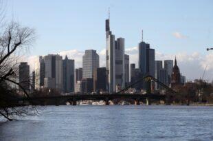 bundesbank vorstand rechnet mit steigenden bankgebuehren in deutschland 310x205 - Bundesbank-Vorstand rechnet mit steigenden Bankgebühren in Deutschland