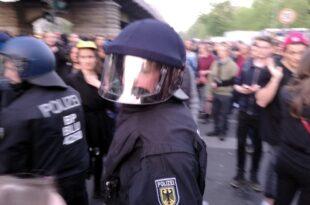 polizeigewerkschaften befuerchten ausschreitungen am 1 mai 310x205 - Polizeigewerkschaften befürchten Ausschreitungen am 1. Mai