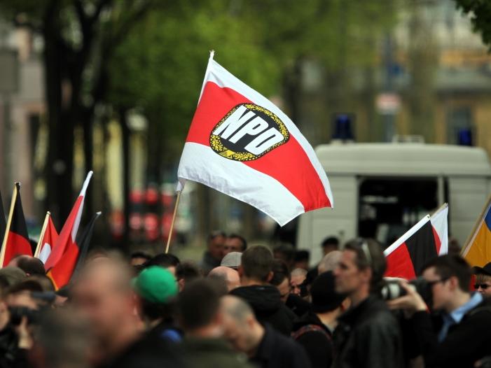 Gleicke mahnt ostdeutsche Unternehmen zu Engagement gegen Rechtsextremismus