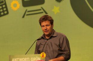 habeck kritisiert trittin wegen talkshow aeusserung 310x205 - Habeck kritisiert Trittin wegen Talkshow-Äußerung