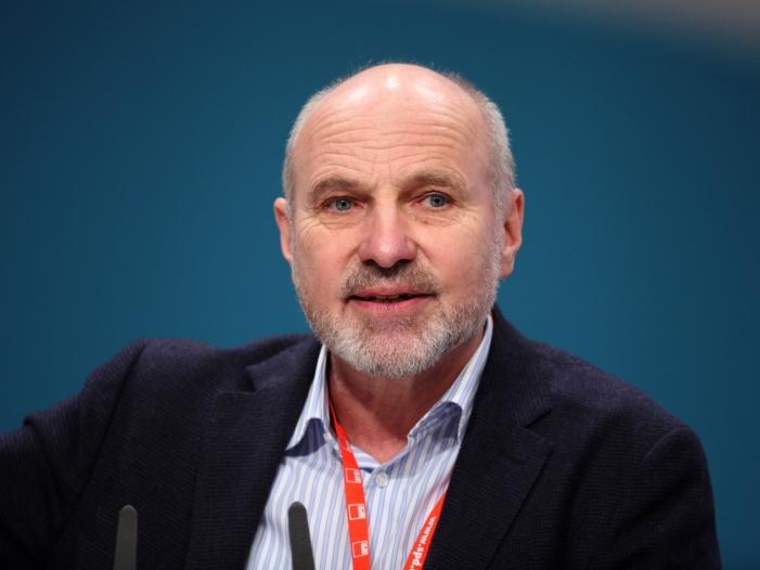 spd politiker arnold sieht von der leyen in union unter druck - SPD-Politiker Arnold sieht von der Leyen in Union unter Druck
