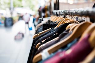Kleidersortiment 310x205 - Kleider: Geschäft mit Übergrössen wächst rasant