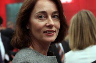 barley als bundesfamilienministerin vereidigt 310x205 - Barley als Bundesfamilienministerin vereidigt