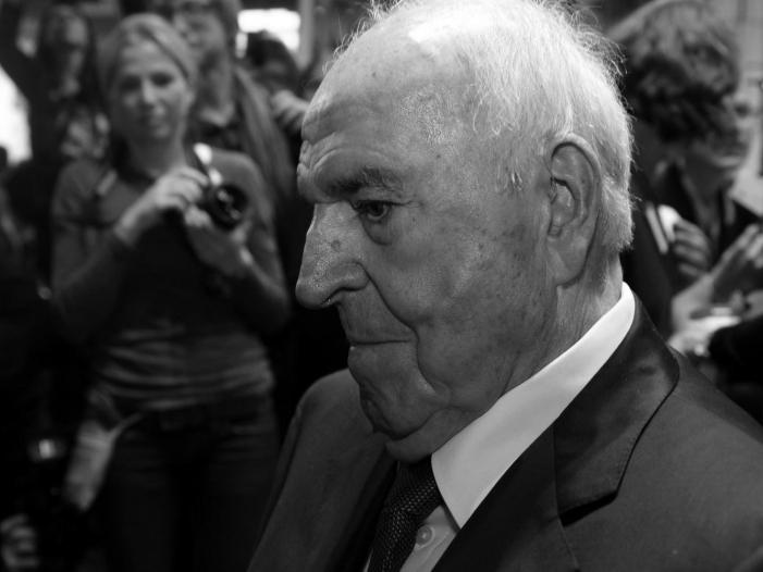 kardinal lehmann wuerdigt helmut kohl als geradlinigen menschen - Kardinal Lehmann würdigt Helmut Kohl als geradlinigen Menschen
