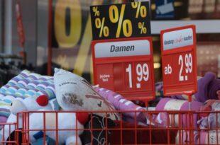 oekonomen rechnen mit deutlichen preissteigerungen 310x205 - Ökonomen rechnen mit deutlichen Preissteigerungen