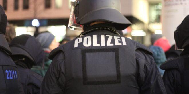 polizisten schieben 181 millionen ueberstunden vor sich her 660x330 - Polizisten schieben 18,1 Millionen Überstunden vor sich her