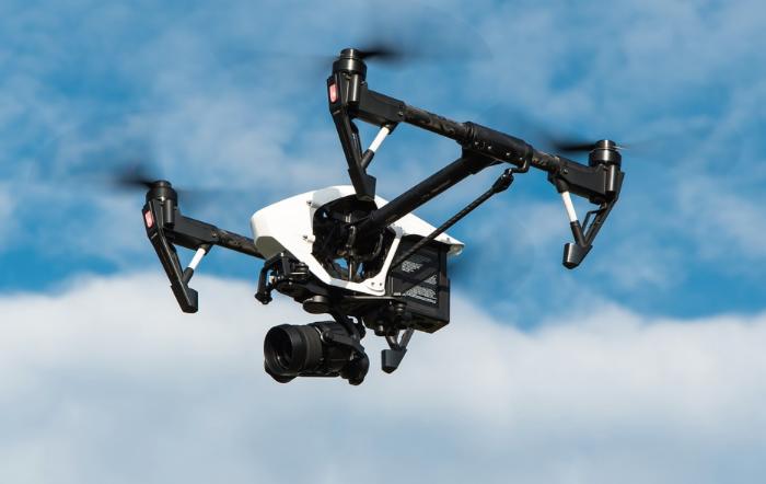 Drohne mit Kamera - Drohnen mit Kameras - Fotografie wird flügge