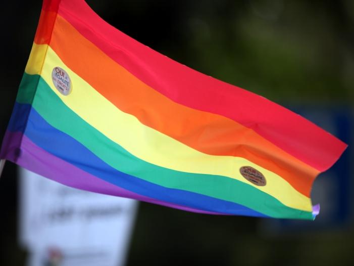 cdu schuster unterstuetzt klage gegen ehe fuer alle - CDU: Schuster unterstützt Klage gegen Ehe für alle