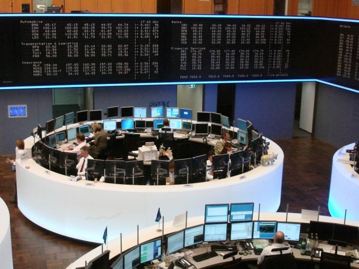 dax im minus anleger gehen vor ezb sitzung in deckung - DAX im Minus: Anleger gehen vor EZB-Sitzung in Deckung