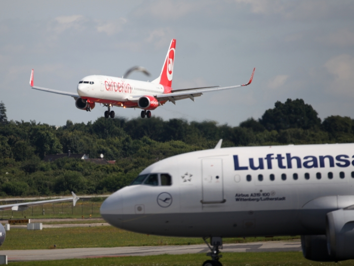 Photo of Lufthansa verhandelt weiter über Air Berlin