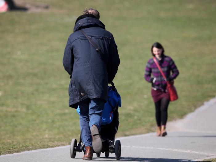 union plant arbeitszeitkonten fuer familien - Familienzeitkonten: Union plant Arbeitszeitkonten für Familien