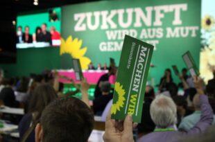 """gruenen politikerin paus nennt jamaika buendnis extrem schwierig 310x205 - Grünen-Politikerin Paus nennt Jamaika-Bündnis """"extrem schwierig"""""""