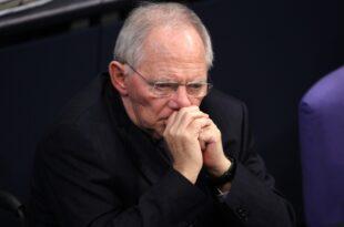 schaeuble plant weitere milliardenhilfe fuer suedeuropa 310x205 - Schäuble plant weitere Milliardenhilfe für Südeuropa