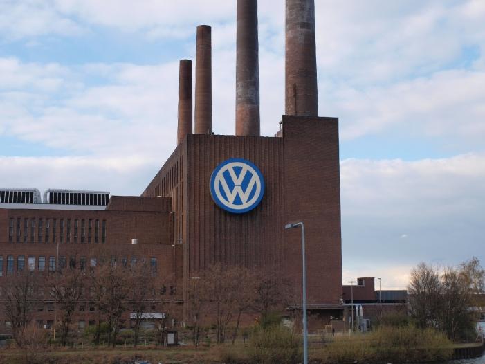 Photo of Unionsfraktionsvize Fuchs fordert Abschaffung des VW-Gesetzes