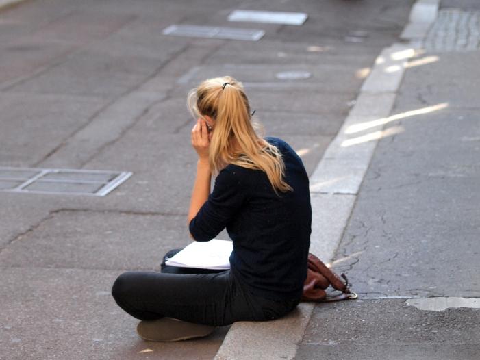 Verbraucherschützer fordern strengere Regeln für Telefon-Hotlines