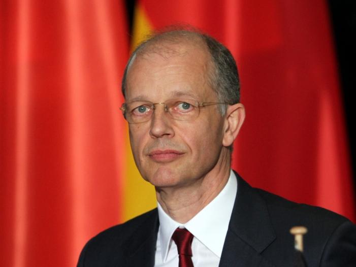 Photo of BASF-Chef: Verbrennungsmotor bleibt führend im Individualverkehr