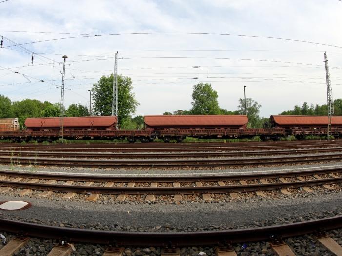 Bild von Rheintalbahn-Sperrung: Güterbahnen wollen hohe Hilfszahlungen