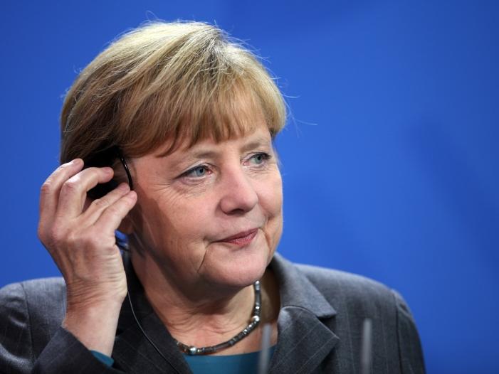 Bild von US-Investor Buffett hofft auf Wahlsieg Merkels