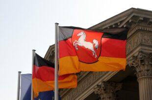 infratest cdu und spd in niedersachsen gleichauf 310x205 - Infratest: CDU und SPD in Niedersachsen gleichauf