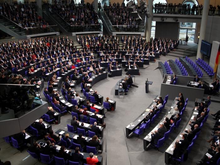 Bild von Neuer Bundestag erstmals zusammengetreten