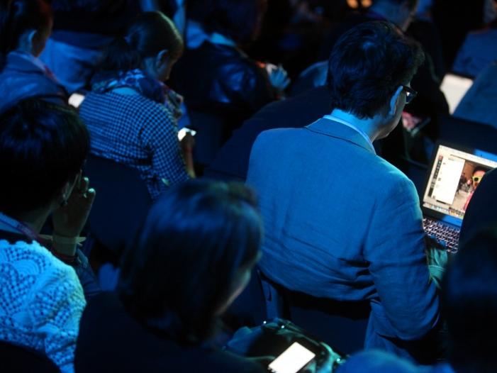 Photo of Umfrage: 67 Prozent limitieren Internetnutzung aus Sicherheitsgründen