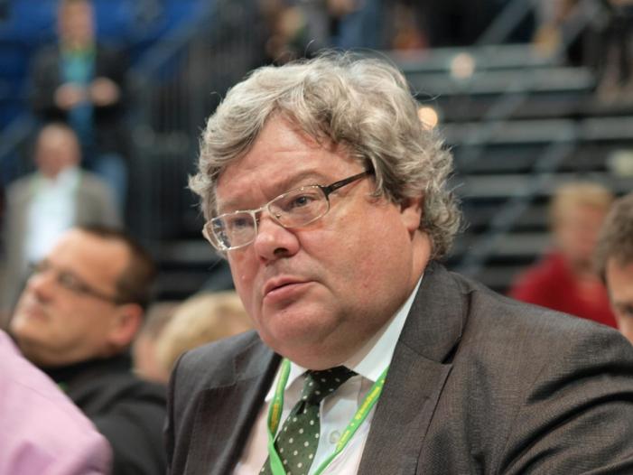 """Photo of Bütikofer wirft FDP """"Angst zu regieren"""" vor"""