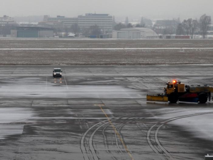 Photo of Flugverbot für Israeli: Bundesregierung unter Druck