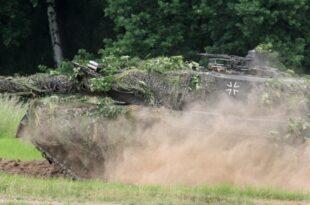 grossteil der kampfpanzer leopard 2 nicht einsatzbereit 310x205 - Deutschland genehmigt weitere Waffenlieferungen an Katar