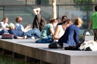 bildungsministerium studenten wenden weniger zeit fuer studium auf 310x205 - Bildungsministerium: Studenten wenden weniger Zeit für Studium auf