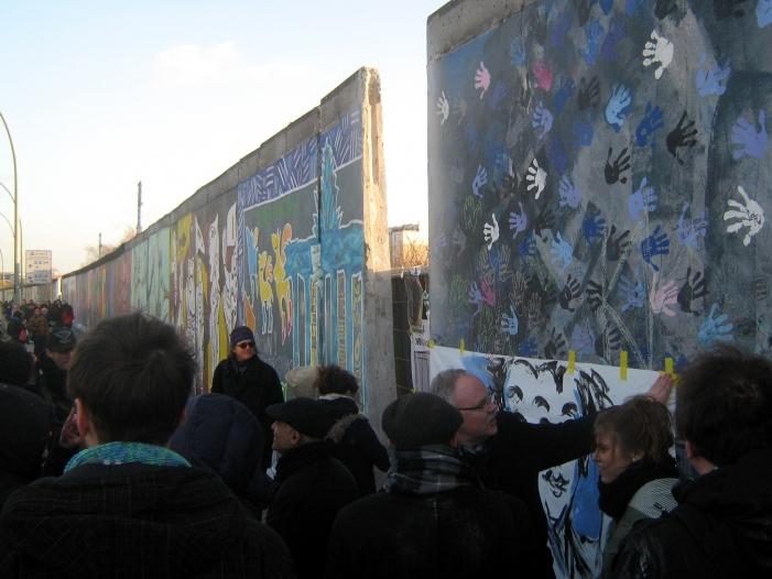 Photo of David Hasselhoff kämpft für Erhalt der Berliner East Side Gallery