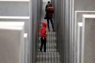 knobloch hofft auf wandel in deutscher gesellschaft 310x205 - Knobloch hofft auf Wandel in deutscher Gesellschaft