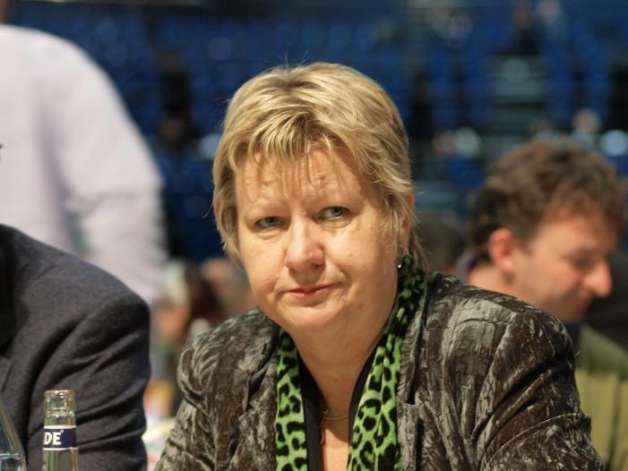 Löhrmann will breite Auseinandersetzung mit Antisemitismus